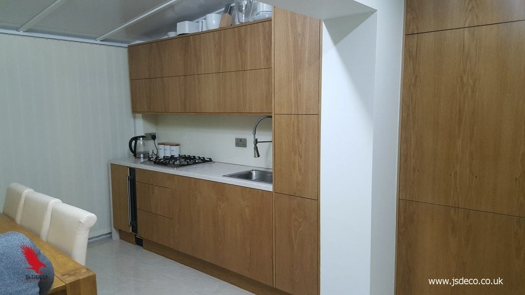 Modern style oak veneer kitchen furniture